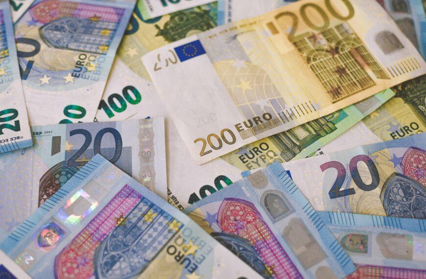 """Od pierwszego czerwca 122 Niemców otrzymuje 1200 euro miesięcznie przez 3 lata jako tzw. """"bezwarunkowy dochód podstawowy"""""""