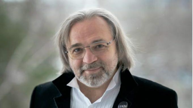 """Wiktor Kossakowski, reżyser dokumentu """"Gunda"""", o pracy nad filmem. W kinach od 1 października"""